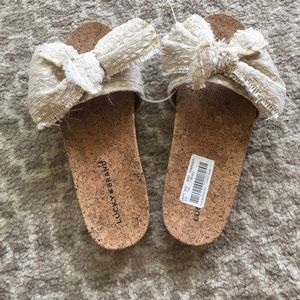 LUCKY BRAND Bow Sandals NWT